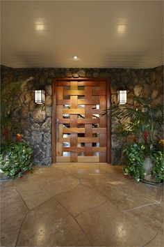 THREE PARCELS TOTALING OVER 65,000 SQUARE FEET | Kailua, HI | Luxury Portfolio International Member - Hilton & Hyland