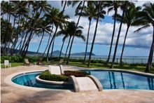 Luxurious Oahu vacation rentals.