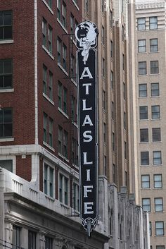 Atlas Life Downtown Tulsa - Mom/Gram worked here when I was a little girl Tulsa Oklahoma, Oklahoma City, Oklahoma Attractions, Tulsa Time, Vintage Neon Signs, Old Signs, Advertising Signs, Country Singers, Old Houses