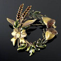 Vintage Acorn Brooch Pin Circle Wreath Enamel Brown Green