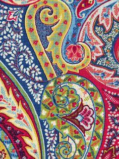 Williamsburg. RALEIGH TAVERN COLONIAL.  Robert Allen fabric. $58.50