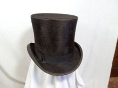This top hat is very sturdy and is also big. In good condition. Modern Victorian, Wedding Inspiration, Weddings, Brown, Hats, Vintage, Fashion, Moda, Hat