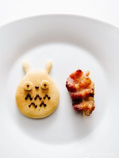 how to make a totoro breakfast - www.iamafoodblog.com #totoroweek #totoro #cutefood
