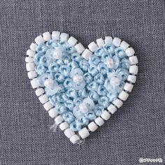 オートクチュールビーズ刺しゅう「プチハートのタックピン」の作り方|ぬくもり Heart Ring, Heart Rings