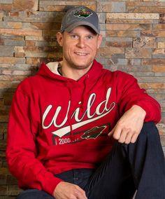 Mikko Koivu in our Harland Hooded Sweatshirt Minnesota Wild Hockey, Hooded Sweatshirts, Cap, Cheer, Fantasy, Twitter, Sports, Fashion, Baseball Hat