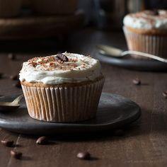 Healthy%20delicious%20low%20carb%20Vanilla%20Latte%20Cupcakes.%20