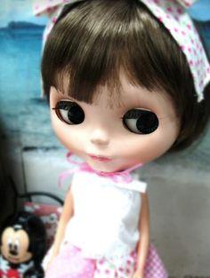 Blythe Doll in Action | Blythe Doll Club