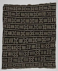 Wrapper from Bobo-Dioulasso, Houé, Hauts-Bassins, Burkina Faso | Beginning of the 21st century | Cotton; mud dyed.