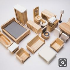 doll furniture Source Mini wooden doll house furniture on Barbie House Furniture, Wooden Dolls House Furniture, Modern Dollhouse Furniture, Diy Kids Furniture, Wooden Dollhouse, Miniature Furniture, Diy Dollhouse, Doll Furniture, Furniture Plans