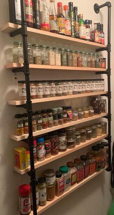 Kitchen Pantry Design, Diy Kitchen Storage, Kitchen Redo, Home Decor Kitchen, Home Kitchens, Kitchen Remodel, Pallet Spice Rack, Hanging Spice Rack, Wall Mounted Spice Rack