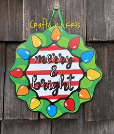 Christmas Wooden Signs, Christmas Door Decorations, Christmas Colors, Christmas Lights, Christmas Crafts, Christmas Ornaments, Christmas Stuff, Happy Thanksgiving Turkey, Calligraphy Signs