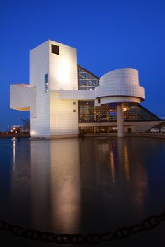 Rock and Roll Hall of Fame. Lived in Cleveland for a while and every visitor I got meant another visit to this place for me! It's a cool thing to see! Wonderful Places, Great Places, Places To See, Places Ive Been, Beautiful Places, Cleveland Ohio, Cleveland Scene, Cleveland Rocks, Rock Hall Of Fame
