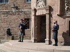 Kyle Of Lochalsh, Scottish Castles, Inverness, Scottish Highlands, Dundee, Beautiful Buildings, Distillery, Edinburgh, Countryside