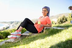 kelly osbourne yoga workout  A Workout that is better than a massage!