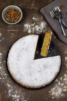 Mallorquinischer Mandelkuchen, super saftig und lecker. | almond cake from Mallorca | malteskitchen.de