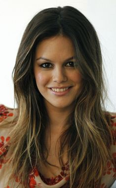 wondrous wallpaper Smile brunette actress Rachel Bilson 9501534 wallpaperYou can find Rachel bilson and more on our website. Girl Celebrities, Beautiful Celebrities, Beautiful Actresses, Celebs, Beautiful Ladies, Brunette Actresses, Ideal Beauty, Beauty Around The World, Rachel Bilson