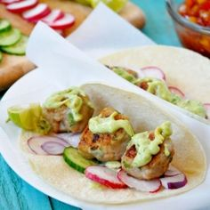 Spicy Meatballs Tacos with Avocado Sauce, Full of fresh flavors and can be made really fast.