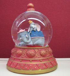 Hallmark Disney Collection CLX2008 Dumbo Waterglobe, http://www.amazon.com/dp/B009I40NFG/ref=cm_sw_r_pi_awdm_9oSlub0QEKW3S