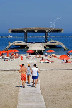 ponton vechi casino mamaia, old pontoon casino mamaia, alten Ponton-Casino Mamaia, vieux ponton casino mamaia