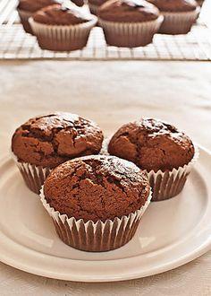 Cómo hacer muffins de chocolate con Thermomix « Trucos de cocina Thermomix Healthy Banana Muffins, Banana Bread Muffins, Strawberry Muffins, Chocolate Chip Muffins, Vegan Muffins, Oatmeal Muffins, Chocolate Thermomix, Dessert Thermomix, Thermomix Cupcakes
