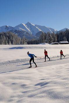 Welche Loipen in Tirol geöffnet haben und den dazu passenden Loipenbericht gibt es hier » Winter Beauty, Outdoor Adventures, Bergen, Mother Nature, Austria, Skiing, Snow, Mountains, Travel