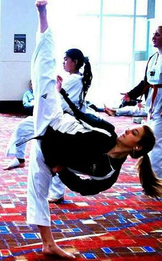 What a kick-stretch from Tae Kwon Do news