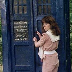 4th Doctor, Eleventh Doctor, Dr Who Tom Baker, Disneysea Tokyo, Original Doctor Who, Sarah Jane Smith, Doctor Who Cosplay, Rose And The Doctor, Doctor Who Companions