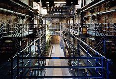 Projeto do Teatro Oficina de Lina Bo Bardi é eleito o melhor do mundo pelo The Guardian,Teatro Oficina, projetado por Lina Bo Bardi em 1991. Image © Nelson Kon