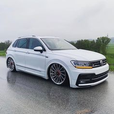 [Advertisement] Static Tiguan 👏 🔧 —> www. Tiguan Vw, Scirocco Volkswagen, Car Volkswagen, Vw Passat, Tiguan R Line, Golf R, Modified Cars, Custom Cars, Bmw M3