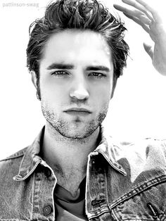 Robert Pattinson  i dont normally like pictures of him, or him in general but this is a good picture :)