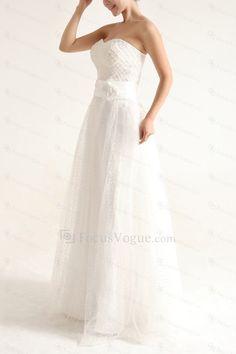 Net og satin stroppeløs gulv lengde a-linje brudekjole med perler - Focus Vogue