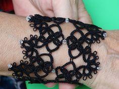 bracelet manchette en dentelle frivolité fait main - Réf 505 : Bracelet par nade-creations