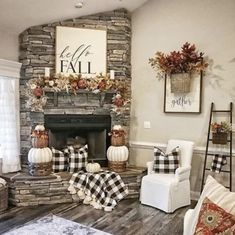Dekoration Raum Awesome home decor advice detail are readily available on our internet site. look at this and you wont be sorry you did. Decor, Farm House Living Room, Living Room Designs, Home Decor, Cool Rooms, Room Design, Room Decor, Home Decor Tips, Country House Decor