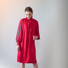 Dresses With Sleeves, Long Sleeve, T Shirt, Collection, Fashion, Needlepoint, Supreme T Shirt, Moda, Tee Shirt