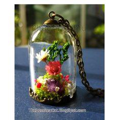 Real Flower Necklace Fairy Garden Terrarium jewelry by phoenixchiu