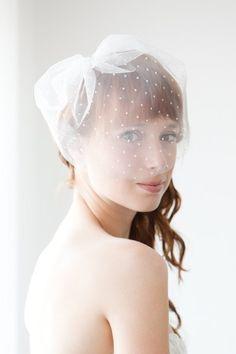 polka dot blusher veil from SIBO Designs on Etsy @samantha-fay_green