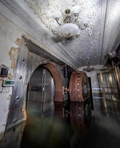 Build A Bunker 661747738975510599 - Abandoned and flooded vault by x Source by Old Buildings, Abandoned Buildings, Abandoned Places, Beautiful Ruins, Beautiful Buildings, Beautiful Places, Passage Secret, Doomsday Bunker, Banks Vault
