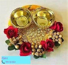 Kalash Decoration, Diwali Diy, Engagement Decorations, Diy Crafts Hacks, Diwali Decorations, Candels, Simple Gifts, Flowers In Hair, Plate