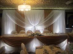 burlap backdrops for weddings   Demi & Sam chose a gold colour scheme. Their backdrop was stunning.