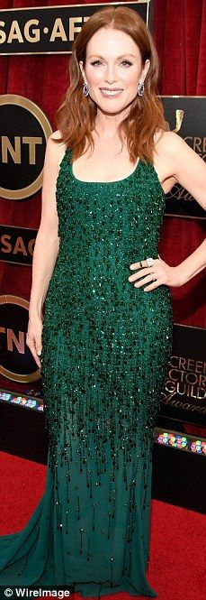 Julianne Moore is gorgeous in green on the SAG Awards red carpet in Los Angeles on Sunday night
