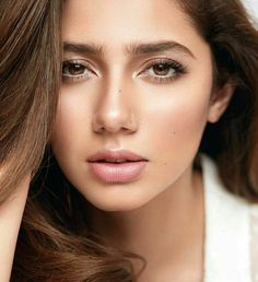 Cant take our eyes off from this mesmerising shot of Mahira Khan For Vogue India!  #Beautiful| Pinterest: ✨@fatemamerchant✨|.