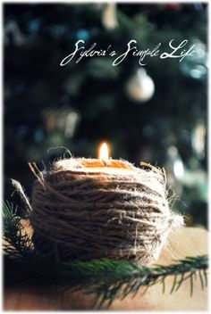 Try These Easy Decorating Tips When Working with Candles Christmas Mood, Country Christmas, White Christmas, Christmas Crafts, Christmas Decorations, Christmas Ornaments, Holiday Decor, Natural Christmas, Magical Christmas
