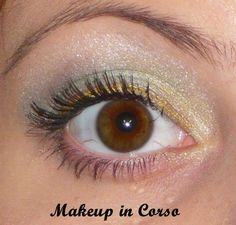 """Quattro eyeshadow 01 Make A Wish - Essence """"Come To Town"""" http://makeup-incorso.blogspot.it/2014/11/quattro-eyeshadow-01-make-wish-essence.html"""