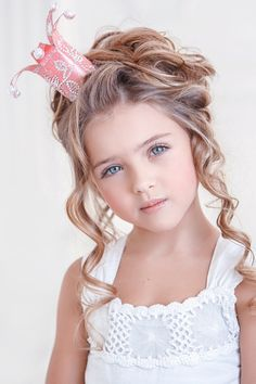 happy day out - (Source: a-whisper-of-roses, via a-sprinkle-of-pretty) cute little princess Beautiful Little Girls, Cute Little Girls, Beautiful Children, Beautiful Babies, Cute Kids, Cute Babies, Precious Children, Happy Children, Super Hair