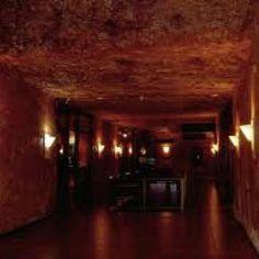 Desert cave hotel 3