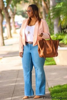 Perfect Work Outfits For Plus Size Women : Don't be into trends. Don't make fashion own you, but you decide what you are, what you want to express by the way you dress and the way you live #plussizeoutfitsforwork