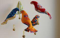 mobile van stoffen vogels: link naar patroon