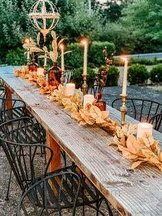 Outdoor Fall Tablescape with Leaves