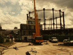 Time lapse of the construction of the Electric Hotel set in King's Cross. Made out of 6 shipping containers weighing 48 tons, the hotel take...