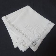 Set of 4 Vintage White Cotton Lunch Tea or by VictorianWardrobe